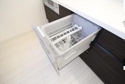 家事楽の味方!食洗機について|キッチンリフォーム