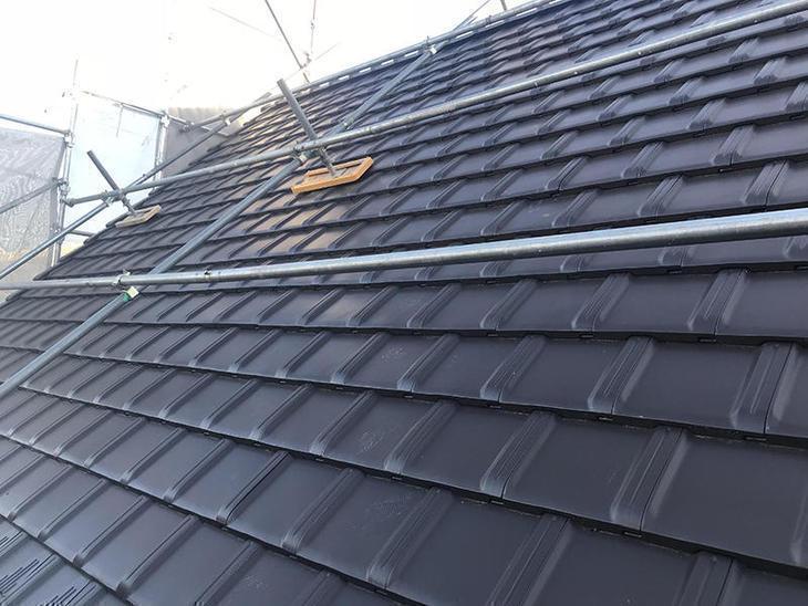本日で屋根の葺き替えの工事が終わりました!お客様も喜んでいらっしゃたので、良かったです! 担当:保木