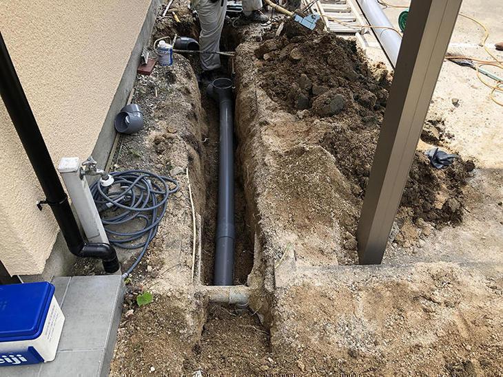 下水の配管を新しくしてます!  担当:吉田・山中