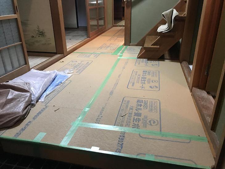 工事始める前に養生を行いました!これで傷が付かないようにしています。担当:亀田・濵﨑