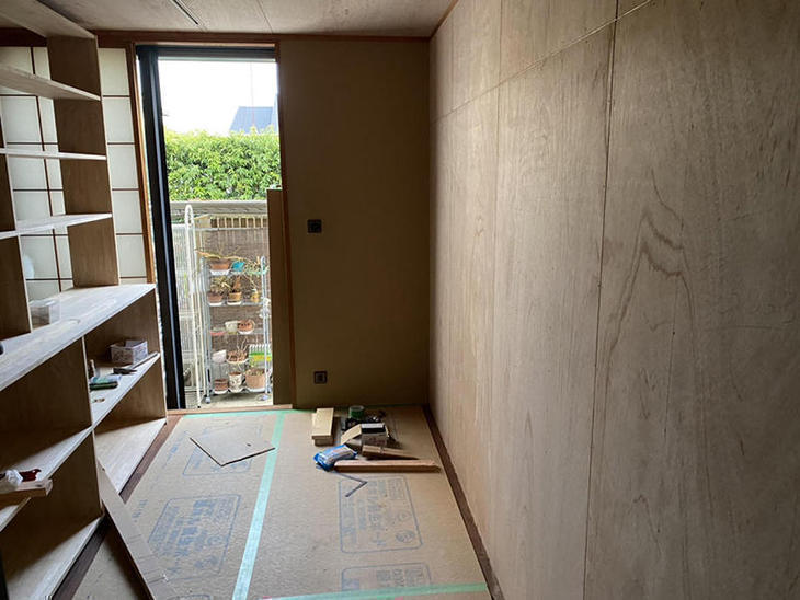 12畳の和室を仕切る為、間仕切り壁を建てました。【大津堅田店】上田滉大・山本