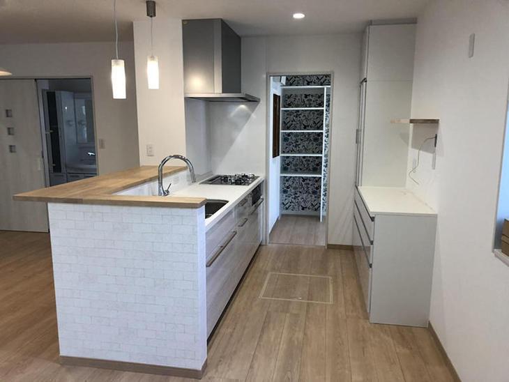 キッチンの内装工事完成しました。広々としたキッチンになりました!【野洲店】岩城・久保田