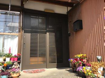 便利で防犯バッチリの玄関引き戸