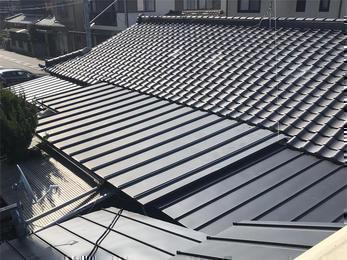 ガルバで頑張る屋根