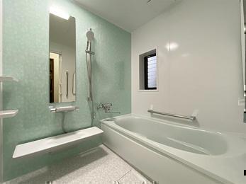 ご夫婦の元気の秘訣は、気持ちいいこのお風呂から!